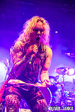 150325-Steel-Panther-0