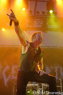 110611-Iced-Earth-0.jpg